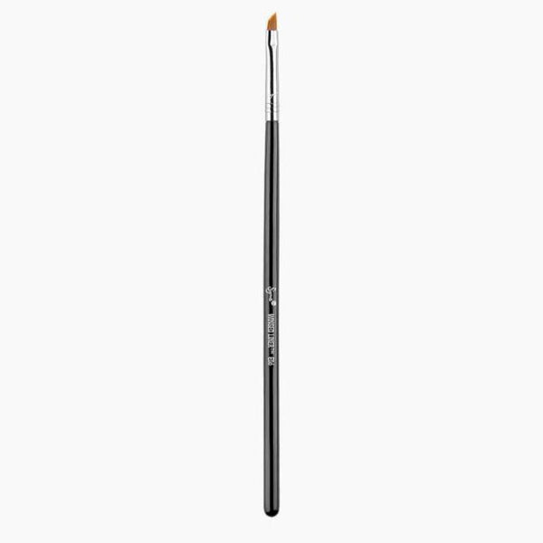 Sigma E06 - WINGED LINER™ Black