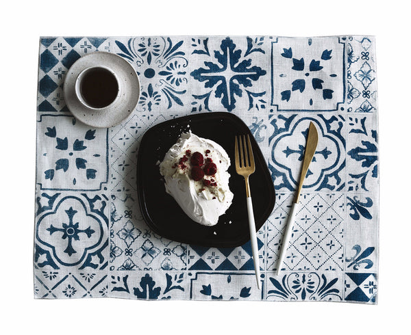 Blue Tiles linen placemats (set of 4)