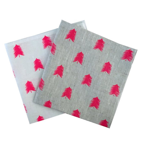 Neon pink linen Christmas Tree napkins (set of 4)