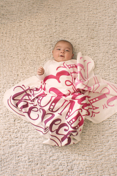 Swaddle - Organic cotton -  LAP SIZE - I love you a bushel and a peck - Pink/purple - SALE - howjoyfulshop