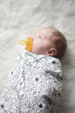 Swaddle - Organic cotton - LAP SIZE - Big blooms outlined - SALE - howjoyfulshop