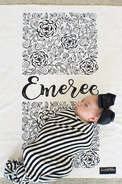 Personalized Swaddle - Rectangle blooms with name - howjoyfulshop
