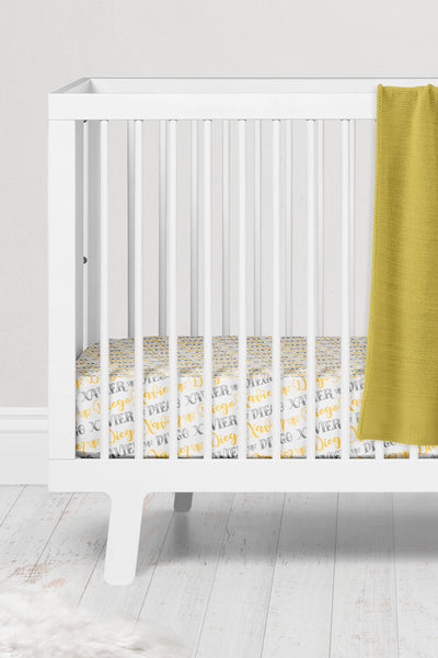 Crib sheet - Bee pattern with two custom colors - howjoyfulshop