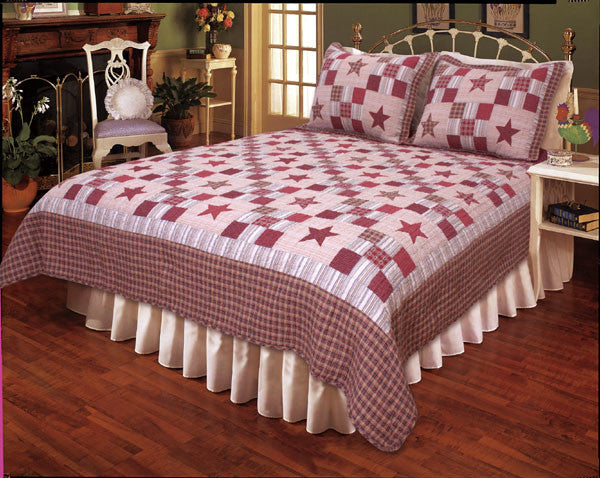 Nostalgia Red Quilt Set