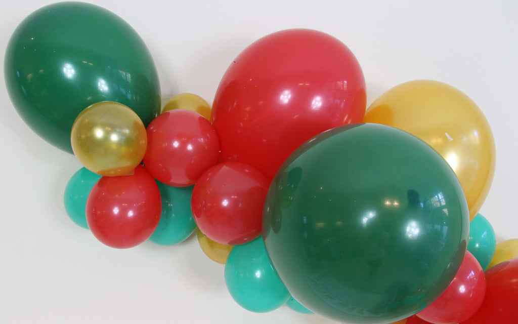 Christmas Balloon Garland (Red, Green, Gold) - The Party Postman
