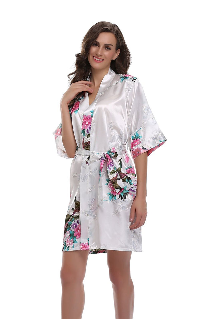 White Floral Personalised Bridesmaid / Bridal Robe