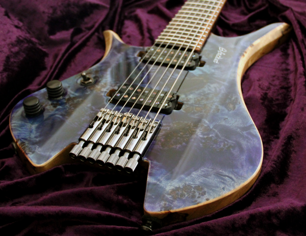 Blackat Guitars. HDA 7 String Multiscale Headless. #15