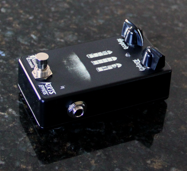 Airis Effects: Haunt Tremolo, Guitar Effects Pedal