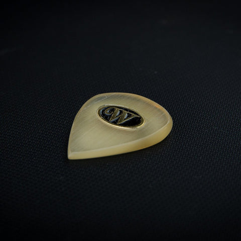 Winspear Boutique Plectrums: Amber Shiv 4mm with Ergonomic Taper