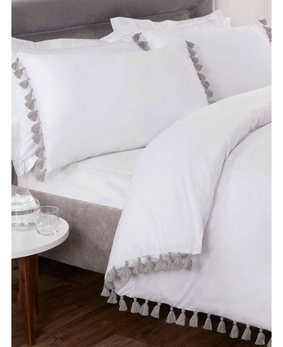 Tassel Duvet Cover And Pillowcase Bed Set - WHITE -  Ruffle Bedding