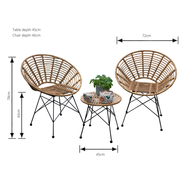 Outdoor patio setting Isla, made from plastic/PU simulated cane, in natural cane finish. Pictured with dimensions