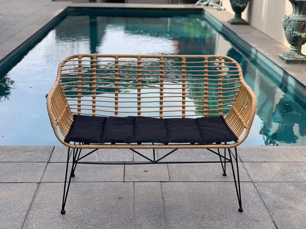 Isla bench made from poly rattan (PU/plastic & metal bench seat)