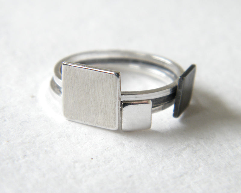 Square ring, Geometric ring.