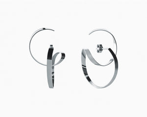 Wide double hoops earrings