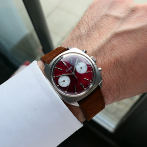 1970 Gallet Valjoux 7733 Ruby Dial