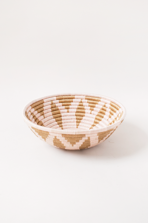 Light Pink Flora Plateau Bowl