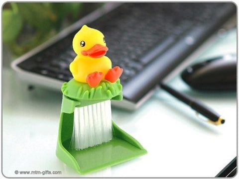 B.Duck Keyboard Brush