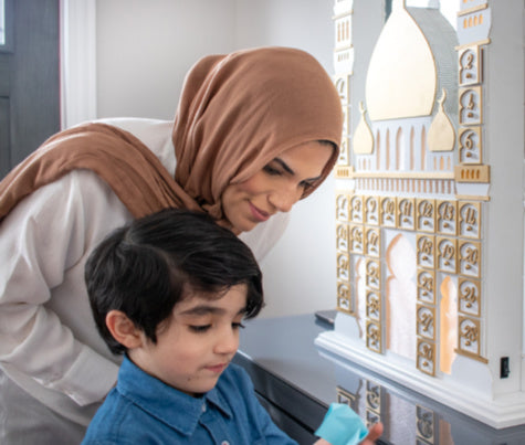 How and Why you Should Implement a Daily Activity for your Children during Ramadan