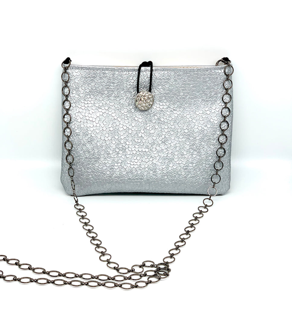 #875 - Sliver and Gold Switch Purse