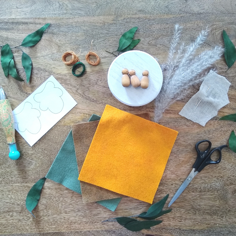 Materials for Felt Leaf Pouch