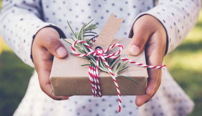 Our Guide to Socially Responsible Holiday Shopping