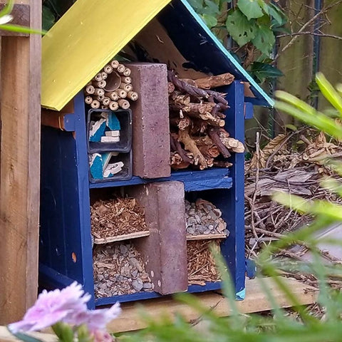 Make your own bug hotel diy project for kids