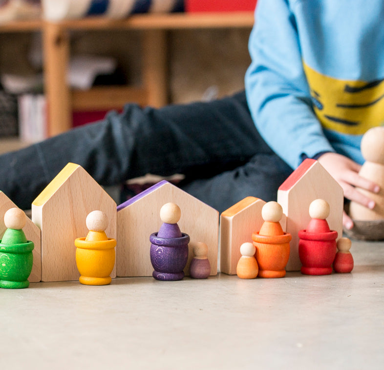 Wooden Houses and Nins Peg Dolls - Grapat - Bella Luna Toys