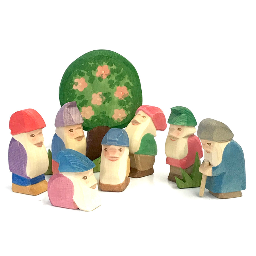 Ostheimer Seven Dwarves Set with Apple Tree - Bella Luna Toys