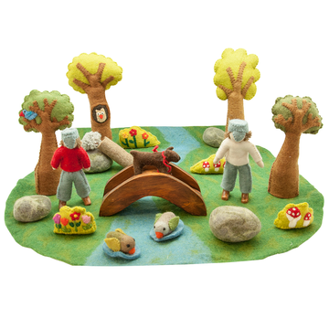 Felted Puppet River Play Set