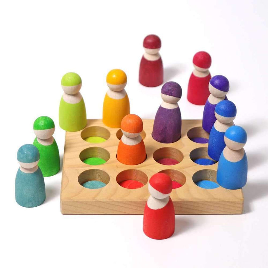 Wooden Rainbow Sorting Board - Peg People - Grimm's Spiel & Holz - Bella Luna Toys