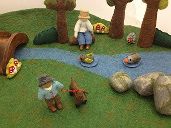 Felted River Puppet Play Set
