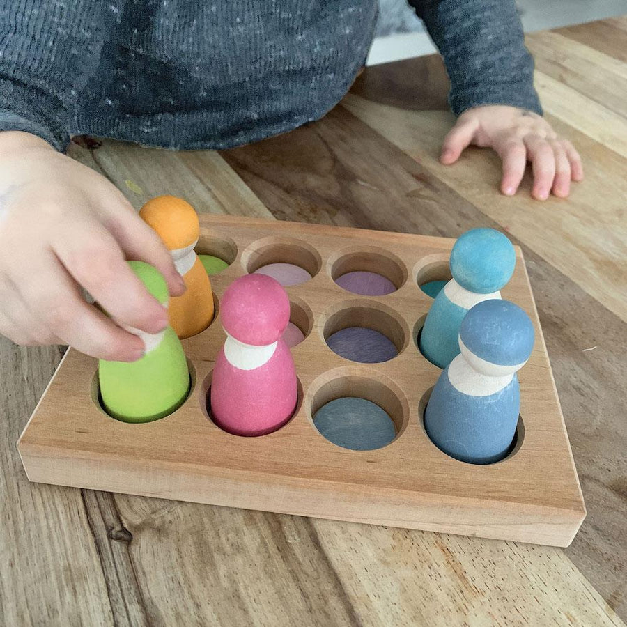 Wooden Pastel Sorting Board with Peg People - Grimm's Spiel & Holz - Bella Luna Toys