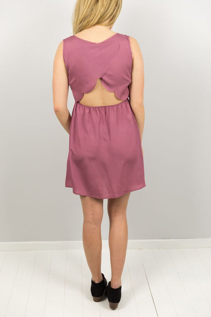 Elysian Flirty Scalloped Dress in Berry