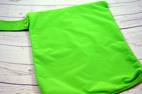 "Spring Green Bag (WITH snaps)<br> 12"" x 14"" Solid PUL Wetbag<br>Instock and Ready to Ship"