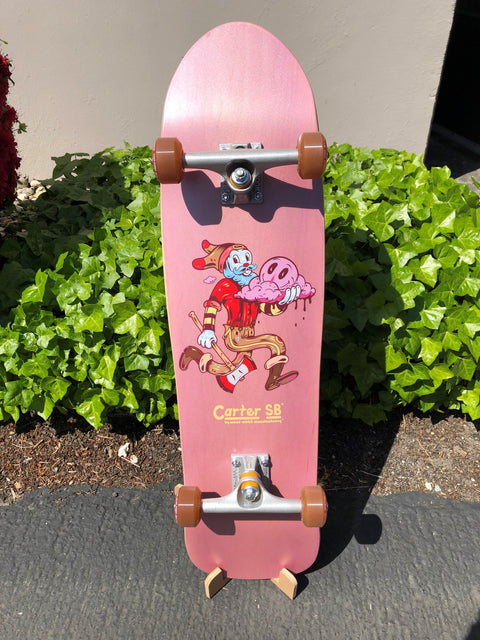 Holds all types of skateboards including old school shapes