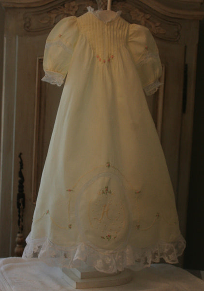 #1800 Heirloom Daygown