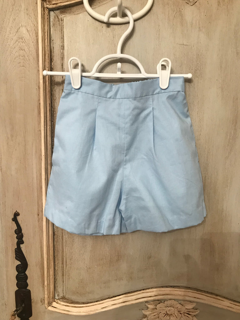 Basic pleat shorts