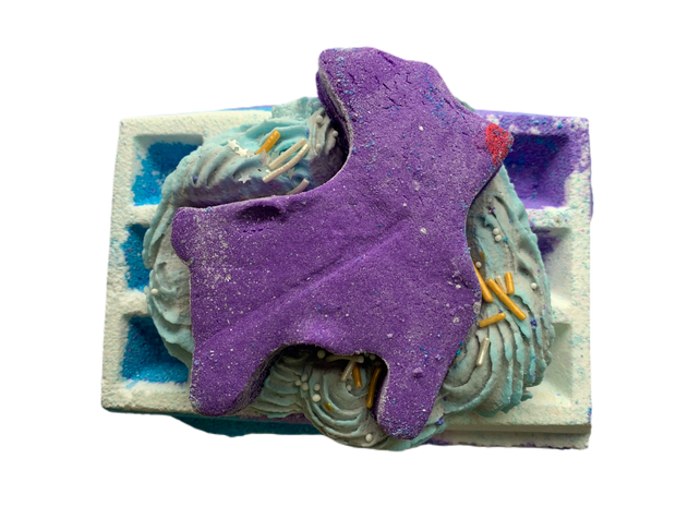 sleigh all night waffle BATH BOMB 290g