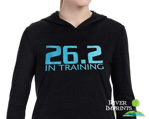 26.2 IN TRAINING, Hooded Fitted Long Sleeve Pullover