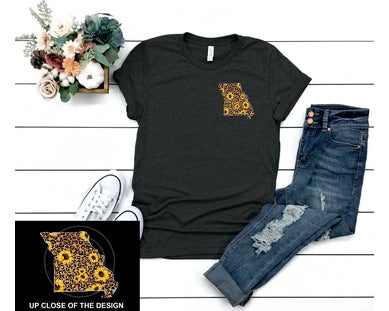 MISSOURI LEOPARD AND SUNFLOWER Small Design Blend Tee Shirt