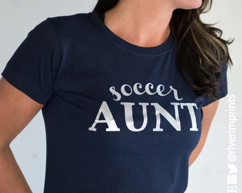 SOCCER AUNT Shiny Cotton Tee