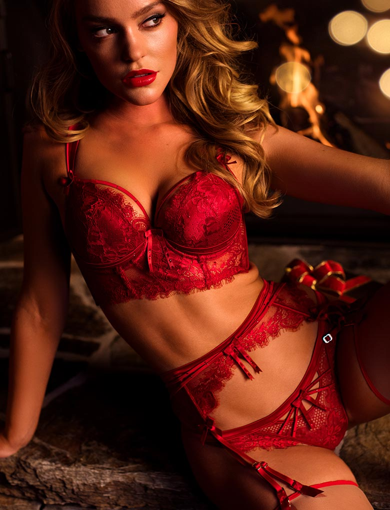 Madame Red 3 Piece Set