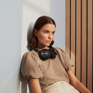 Bang & Olufsen Beoplay H4 - Wireless over-ear headphones