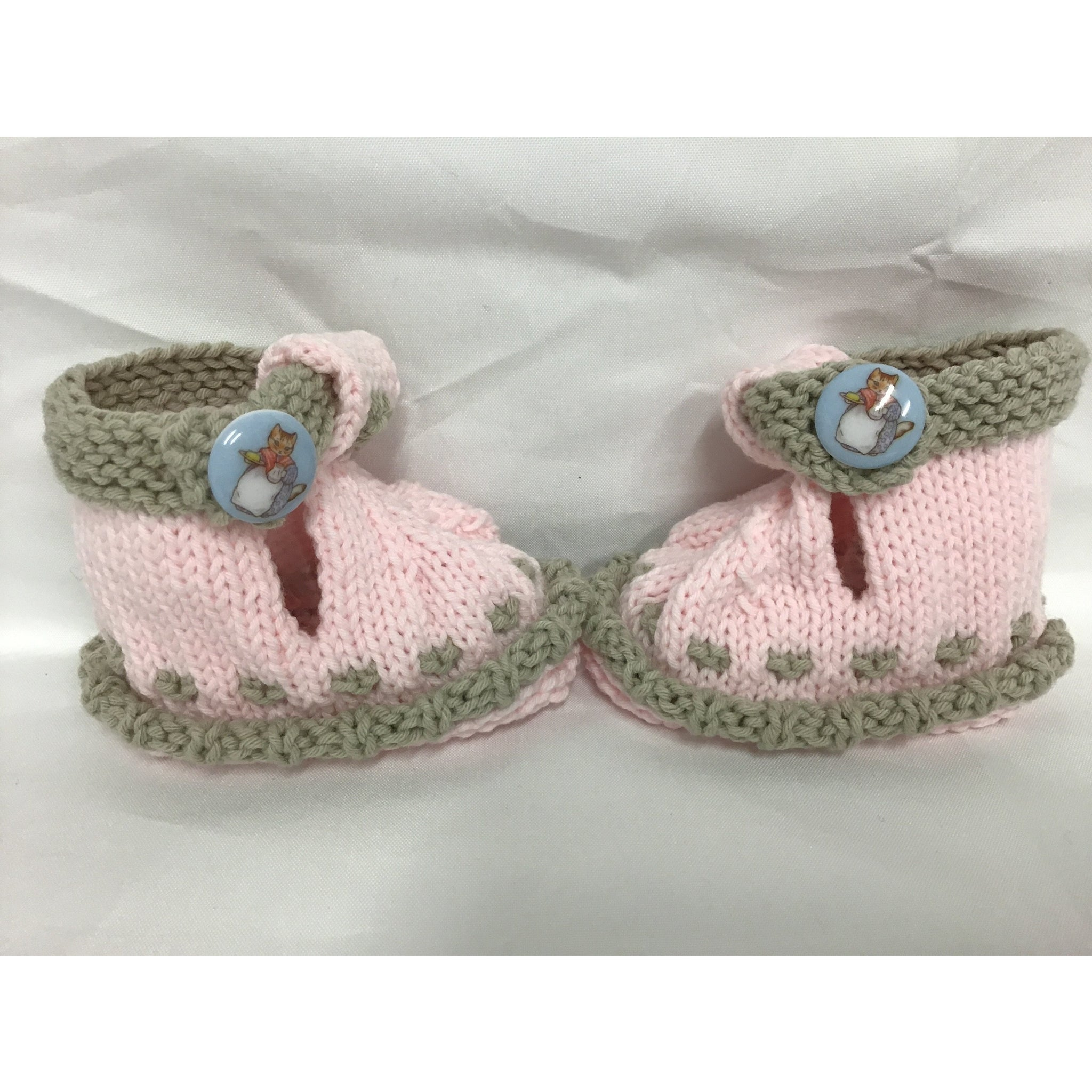 Peter rabbit button boots for your little one