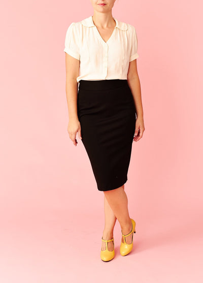 Very Cherry: Højtaljet pencilskirt - sort