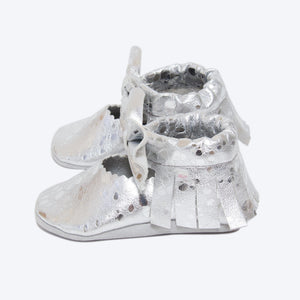 Sparkle - Silver Leather Bow Moccasins