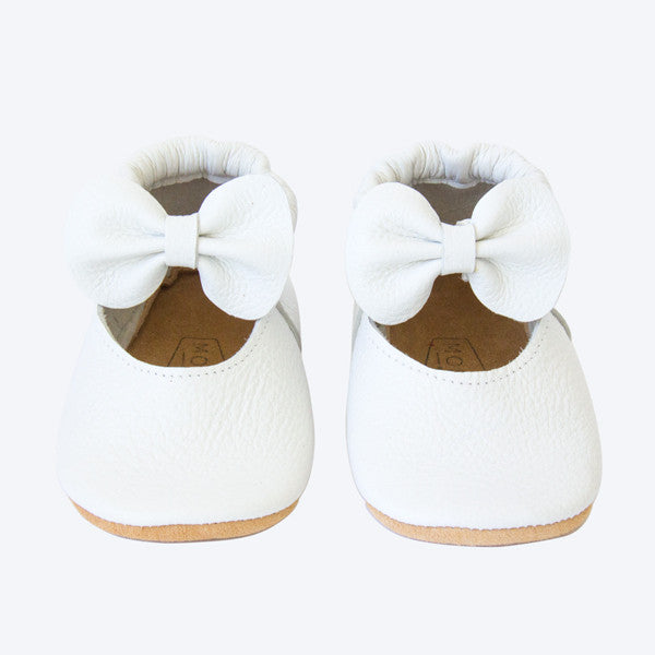 White Leather Mary Jane shoes