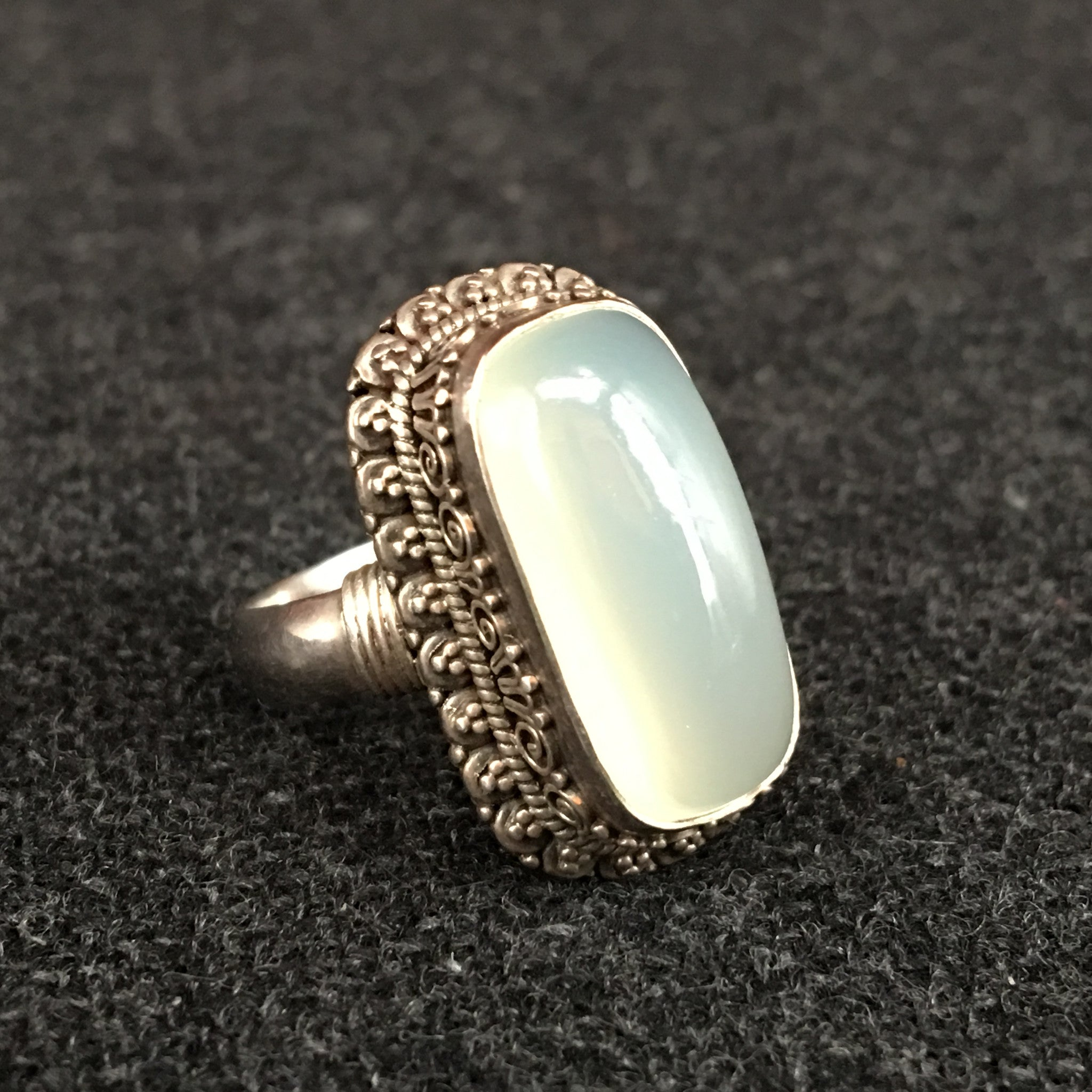 ring sapphire small emilia moonstone white products lumo wb octagon rings