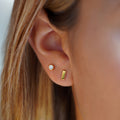 ARUNA BAR EARRINGS 6 MM GOLD