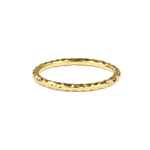 GIRI HAMMERED PLAIN STACKED RING - GOLD
